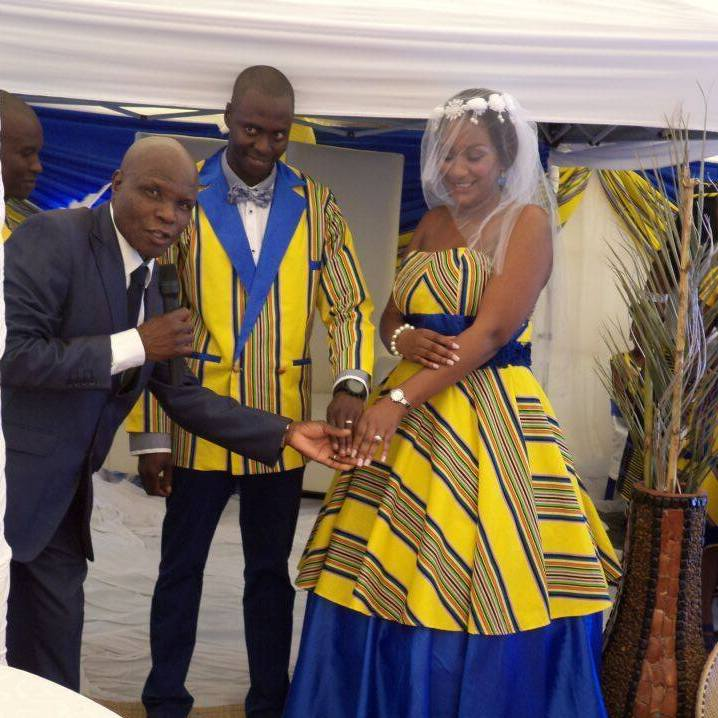 venda-wedding-dress
